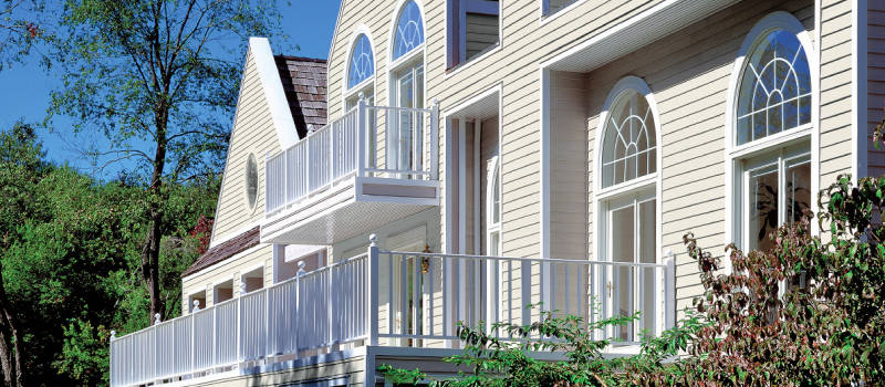 Des Moines Vinyl Siding Saves Money